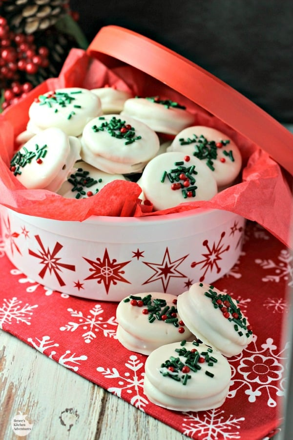 White Chocolate Covered Gingerbread Oreos
