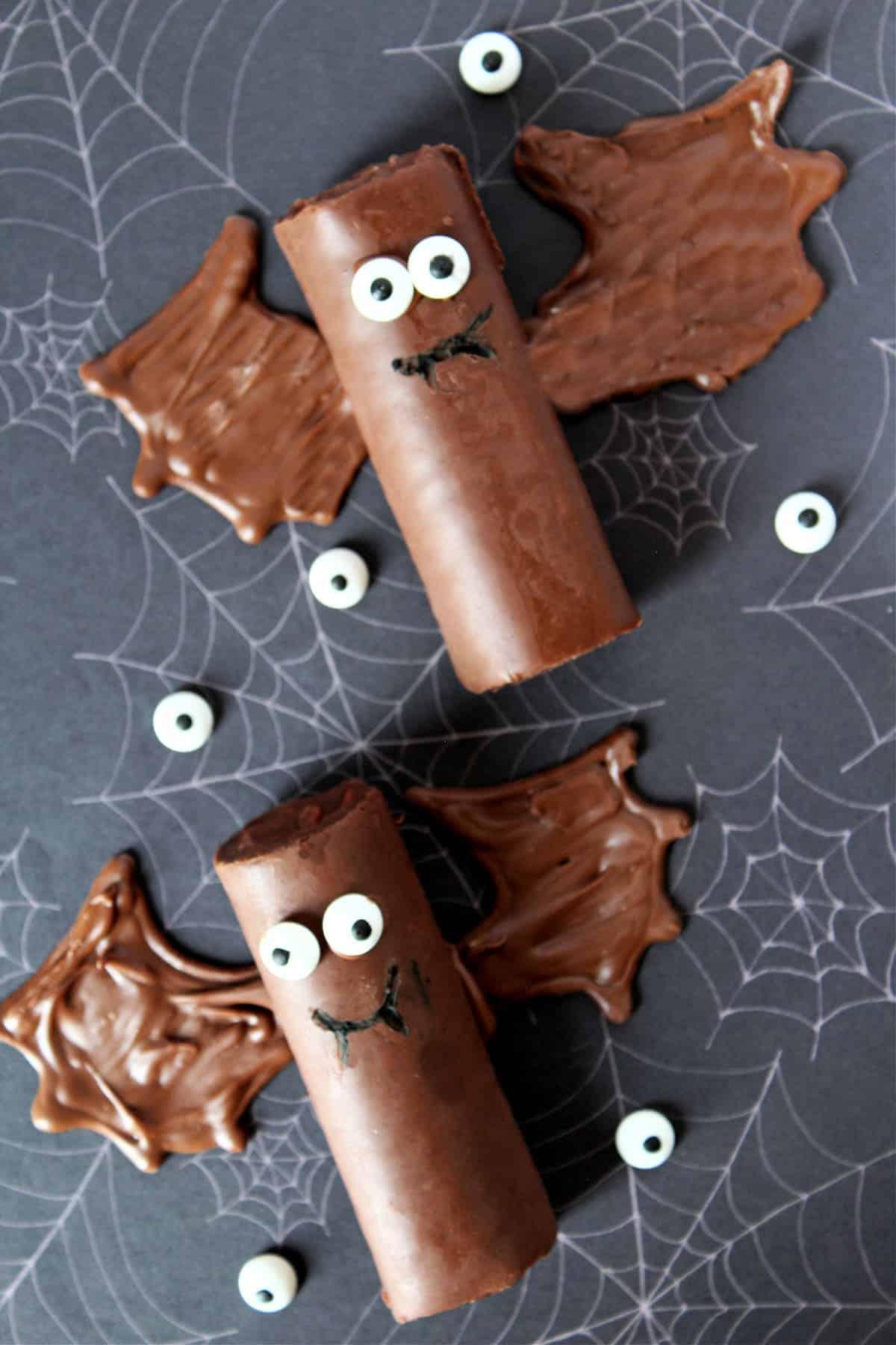 Easy Halloween bat treats